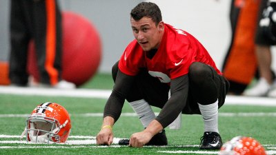 Manziel Respects Emmitt, But Says He Won't Change