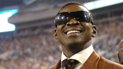 "Irvin Calls Cooper's Apology ""Wonderful"""
