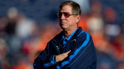 "Report: Norv Turner ""Close"" to Joining Vikings"