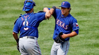 Rangers Win Rubber Match Vs. Yanks