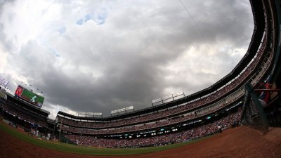 Lightning Bolt Stops Rangers, Twins Game