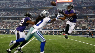 At Half, Cowboys Trail Ravens 27-10