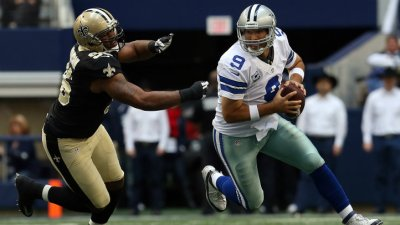 Saints Lead Cowboys 17-14 At Half