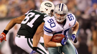 Cowboys ILB Lee Can Do It All