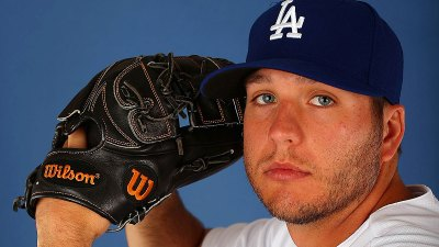 Rangers Get RHP Tolleson on Waivers from Dodgers