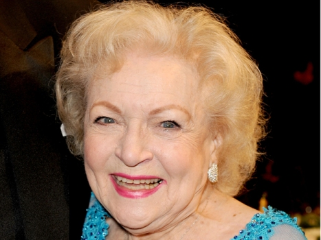 "Betty White's Plan for SNL: ""Very Little Nudity"""