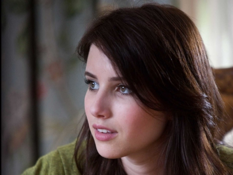 """Scream 4's"" Emma Roberts Faces Her Fear Factor"