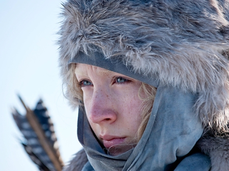 "Saoirse Ronan Is Killing Machine in New ""Hanna"" Trailer"