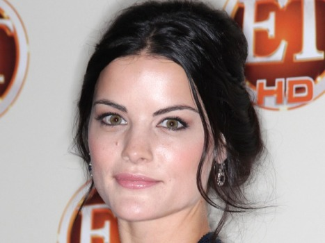 "Your Next Nerd Crush: ""Thor's"" Jaimie Alexander"