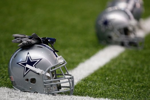 Cowboys Release Kicker, Defensive End, Sign Two
