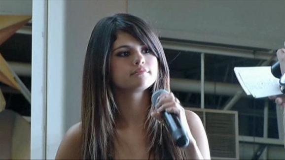 9741ae5d40efd2 Selena Gomez Answers Fan Questions - NBC 5 Dallas-Fort Worth