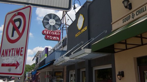 record store moves 5p 52818beloved fort worth record store to keep tunes spinning at new. Black Bedroom Furniture Sets. Home Design Ideas