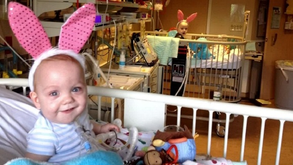Ezell Twins Happy In Bunny Ears Nbc 5 Dallas Fort Worth
