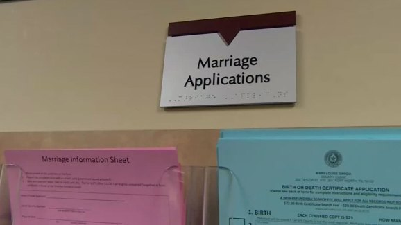 Tarrant County Issuing Same-Sex Marriage Licenses - NBC 5 Dallas ...