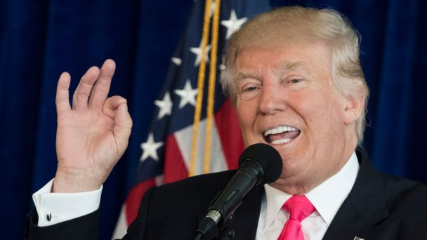 Debates Shouldn't Compete With NFL: Trump