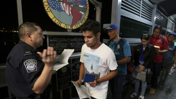 Rebuffed by US, Migrants Forced to Face Mexico's Cartels