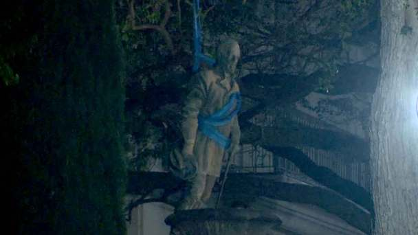 U. Texas Removes Confederate Statues, Citing Their Symbolism