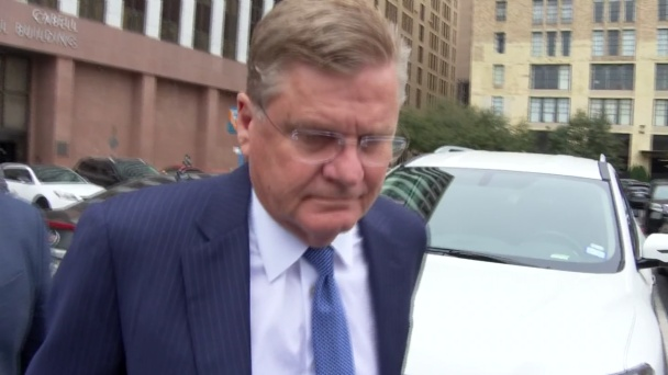 Key Witness 'Intimidated' in Dallas Corruption Case, Defense Says