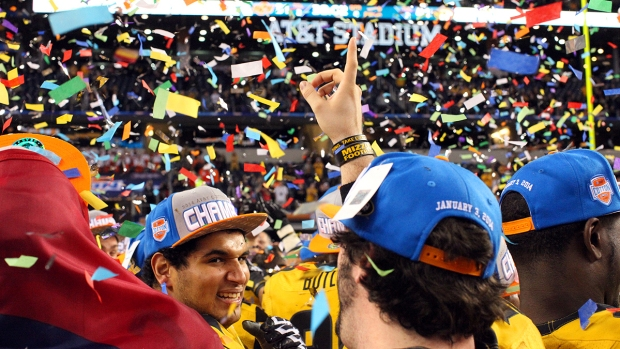 Missouri Outlasts Oklahoma State in 2014 Cotton Bowl