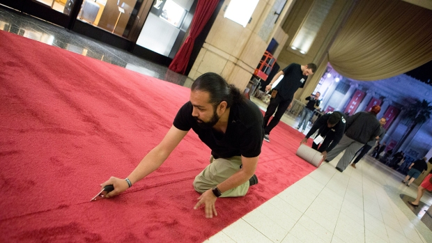 Oscars Prep: Rolling Out The Red Carpet