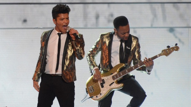 [NATL] Bruno Mars Rocks Super Bowl Halftime Show