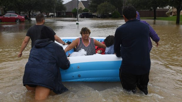 [DFW] Rescues Continue as Houston to Open More Mega-Shelters