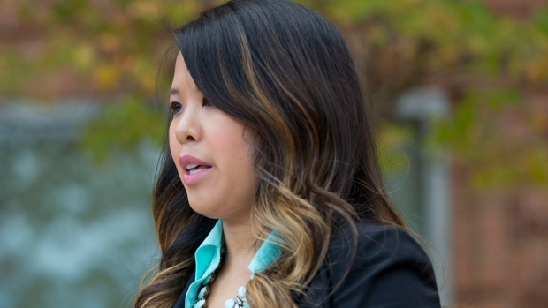 Nina Pham To Sue Texas Health Resources