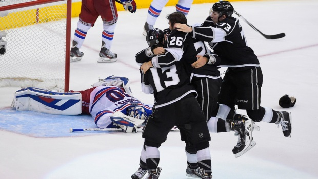 [NATL] Photos: Rangers and Kings Face off for Stanley Cup