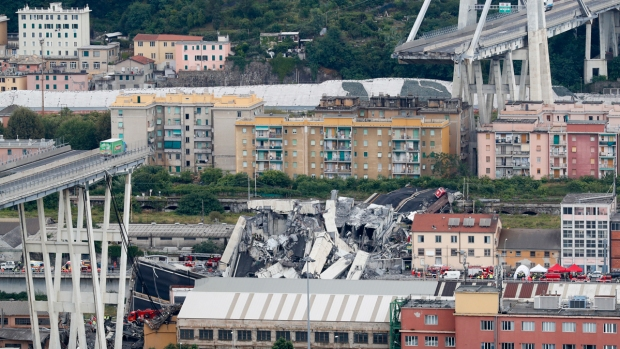 [NATL] Highway Bridge in Italy Collapses in Storm, Killing at Least 20