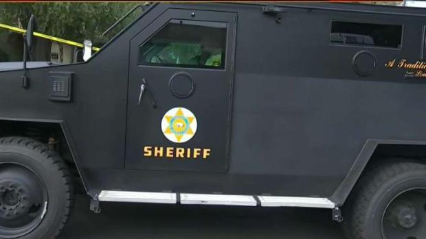 [NATL LA] Authorities Search Social Media for Motive of Accused Gunman