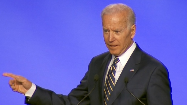 [NATL] Biden Jokes About Hugs in 1st Speech Since Complaints About Behavior