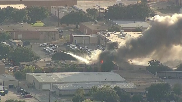 [DFW] Dallas Business Damaged in Large Fire