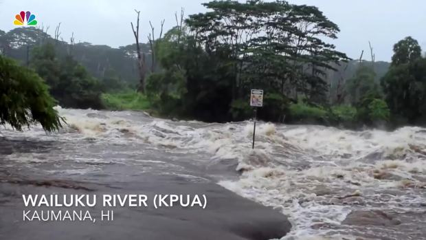 [NATL] Drone Footage Shows Lane Flooding in Hawaii