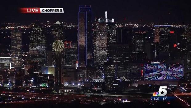 [DFW] Dallas Skyscraper Relit