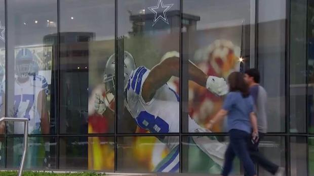 Mixed Reactions to Dez Bryant's Departure From Cowboys Fans