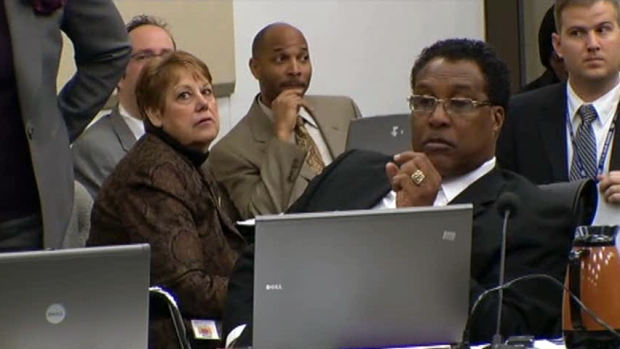 [DFW] Some Oppose Possibility of Caraway as Interim Mayor