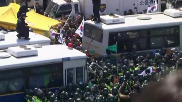 [NATL] South Koreans Protest, Celebrate President's Removal