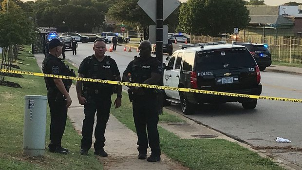 [DFW] Armed Man Shot by Police Investigating FW Murder: PD