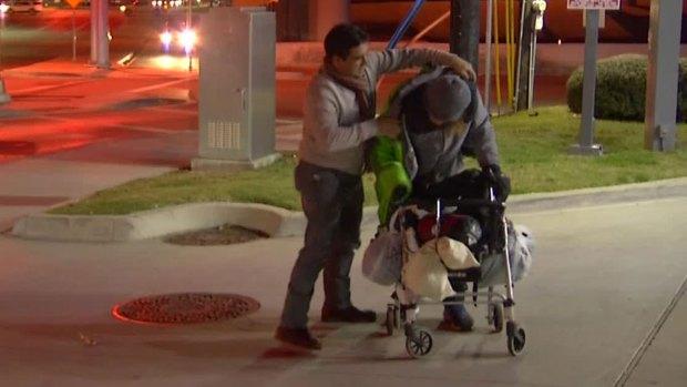 [DFW] Fernando Donates Coat to Homeless Man