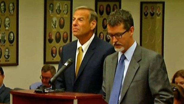 Images: Mayor Under Fire