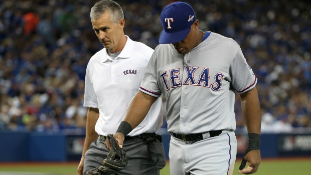[DFW] Rangers' Beltre Leaves ALDS Game 1 with Injury