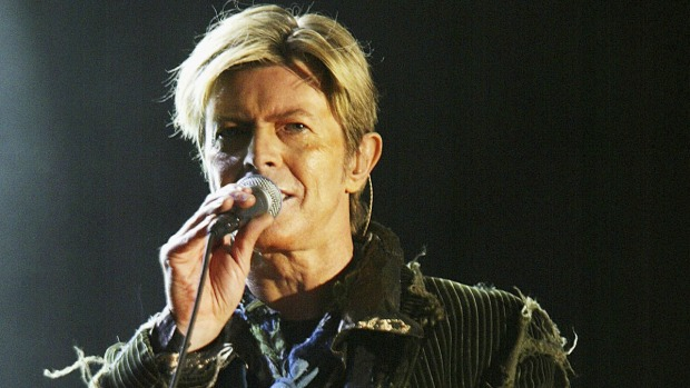 [NATL-NY] Memorials Pop up in NYC to Pay Tribute to David Bowie