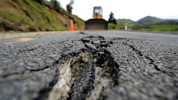 [NATL]Powerful Earthquake Rattles New Zealand