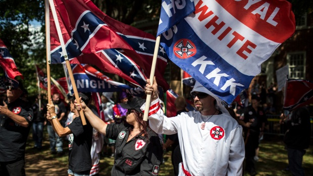 [NATL]Photos: KKK Rally Clashes With Counter-Protesters, Police in Virginia