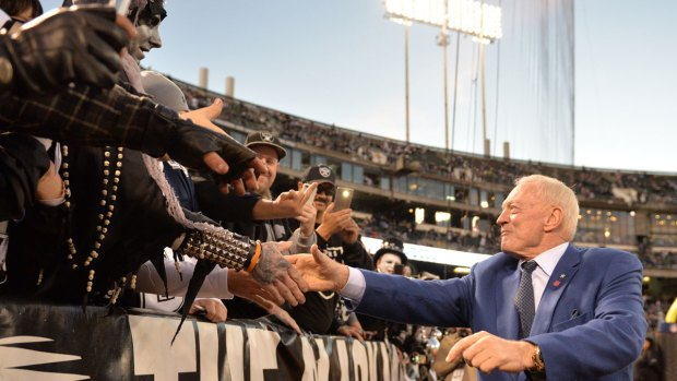 Images From the Sideline: Cowboys vs. Raiders
