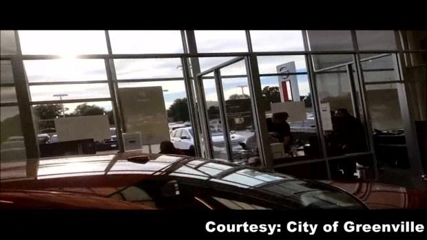 warning video shows shooting inside car dealership