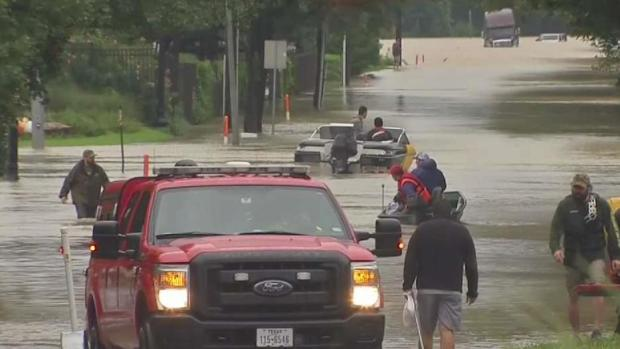 [DFW] Houston-Area Residents Deal With Waist-High Floodwaters