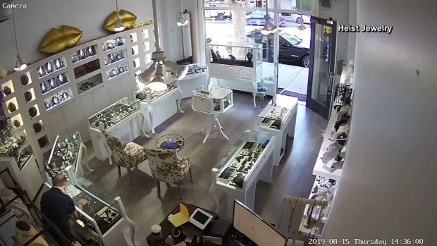 [DFW] Jewelry Store Owner Stops Heist