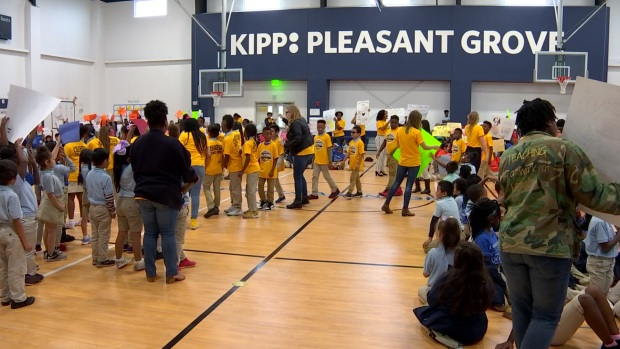 [DFW] Students and Teachers Brag About KIPP Pleasant Grove