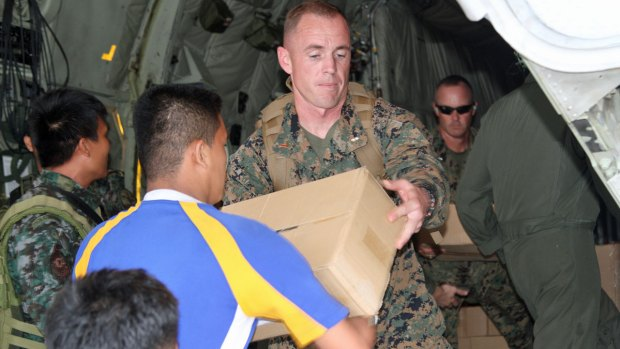 U.S. Marines Help Typhoon Victims in Philippines